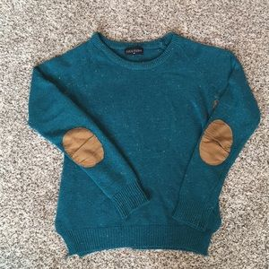 Button back elbow patch sweater